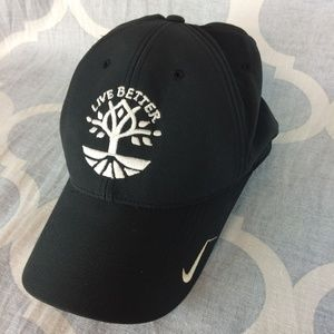 Nike live better golf cap